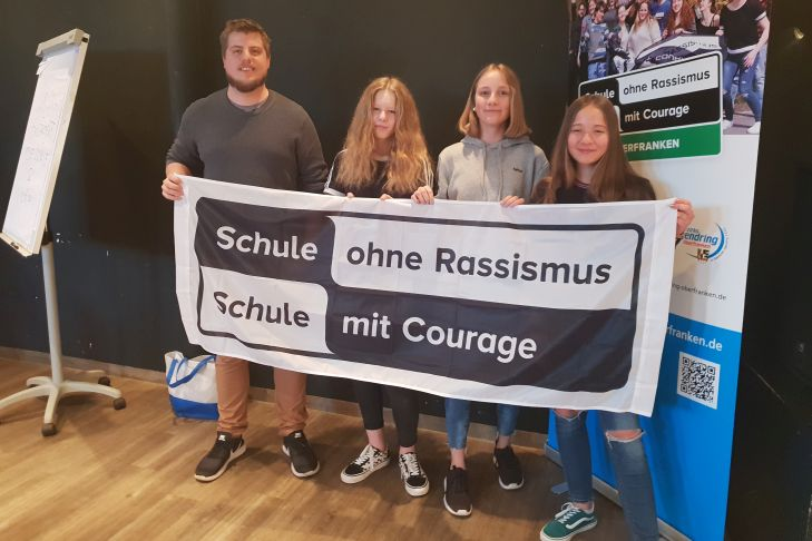 Schule ohne Rassismus red